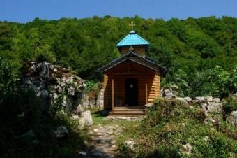 """Экскурсия: """"Золотое Кольцо Абхазии (озеро Рица + Новый Афон)"""""""